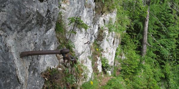 """Entlang des Steiges unter dem """"Großen Felsen"""""""