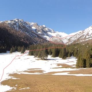 Hier der Ausgangspunkt der Ochsenalm, im Hintergrund die Matreier Grube.