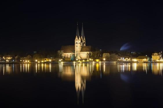 Klosterkirche St. Trinitatis bei Nacht Neuruppin