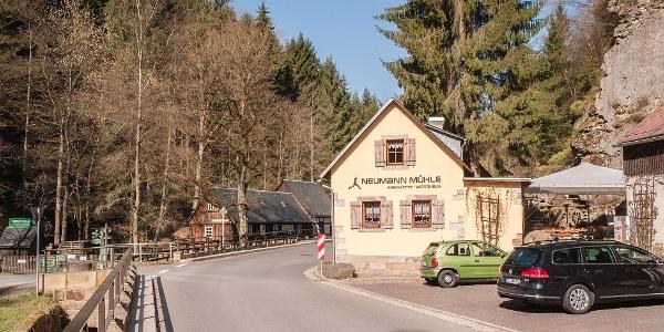 Neumannmühle mit Mühlendenkmal