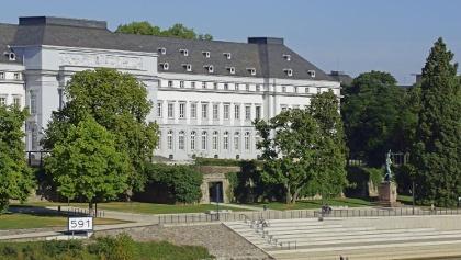 Kurfürstliches Schloss, Rheinseite