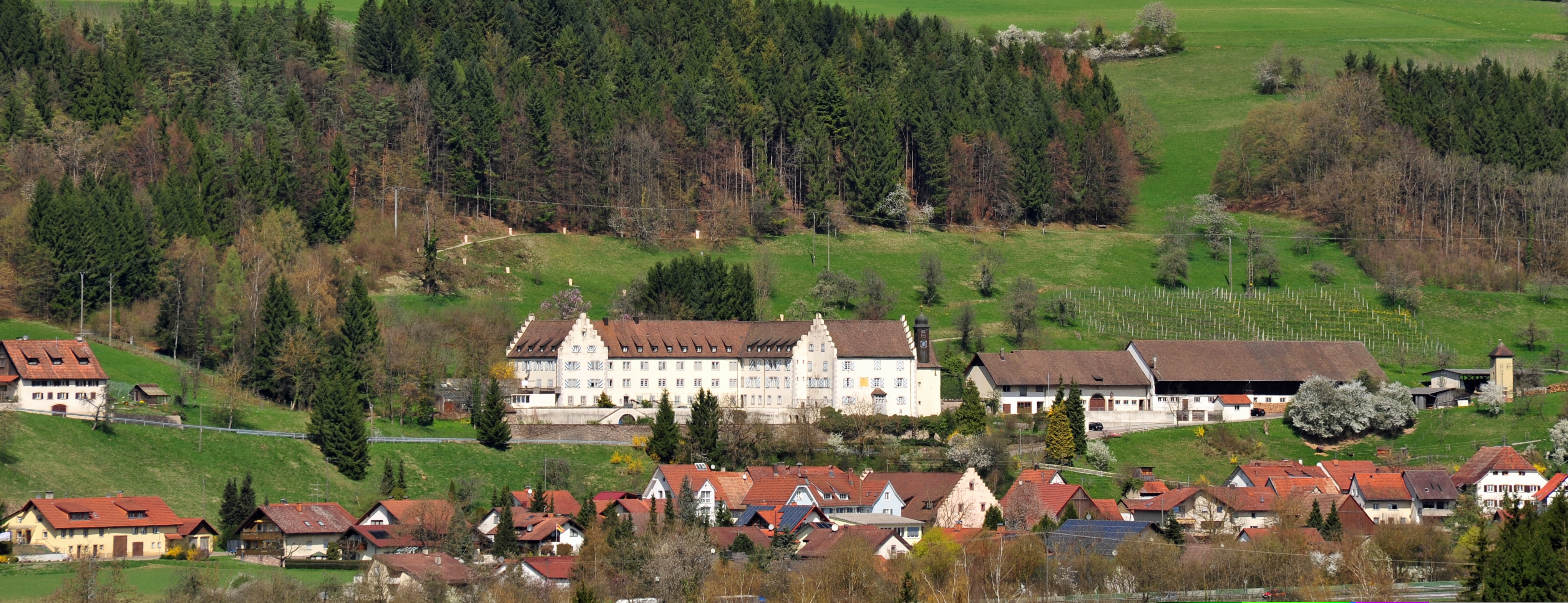Kloser Marienburg bei Ofteringen