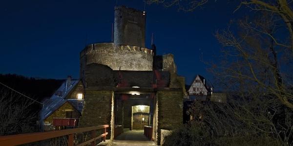 Ehrenburg bei Nacht