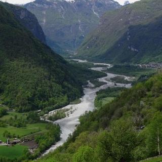 4000 Blick ins Maggiatal hinauf 46°15'28.4