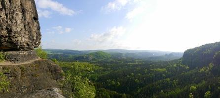 Foto Blick in die Sächsische Schweiz von der Idagrotte