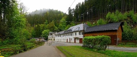 Foto Häuser am Lichtenhainer Wasserfall