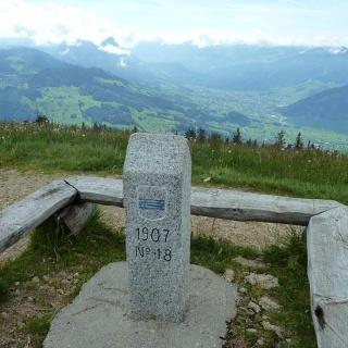 Abstecher auf den höchsten Gipfel des Rossbergs, den Wildspitz.