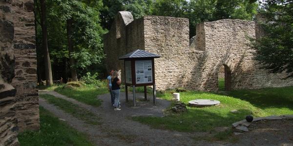 Auf dem Burgsteingelände