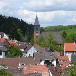 Ortskern mit ev. Kirche