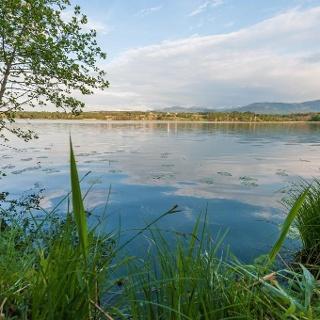 Blick über den Simssee nach Stephanskirchen