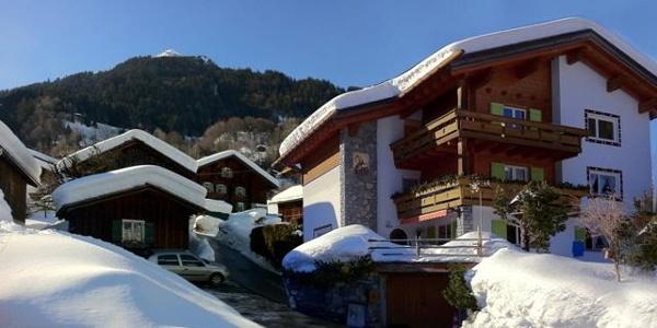 Gästehaus Mangruaz im Winter