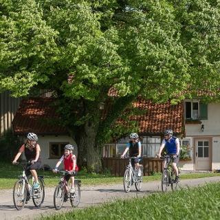 Radfahren von Hof zu Hof