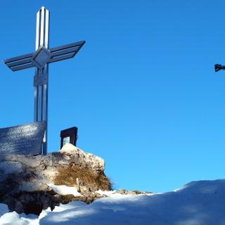Gaisberg Westgipfel mit Kreuz 1264m