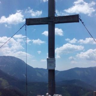 Gipfelkreuz auf der Wetterin