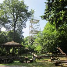 Rastplatz an der Selberghütte mit Aussichtsturm