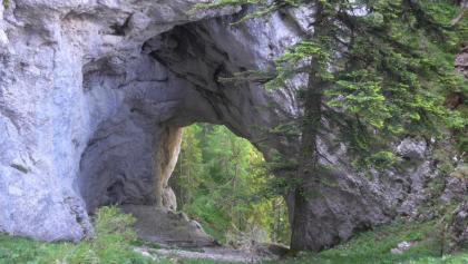 Das 1. Felsentor nach der Durchschreitung