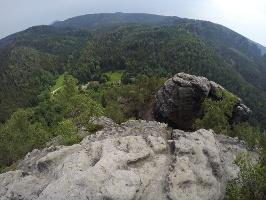 Foto Ausblick vom Großen Teichstein in südwestliche Richtung - unten das Zeughaus