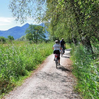 Radweg am Chiemsee