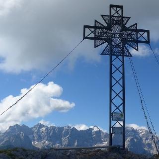 Gipfelkreuz des Storschitz