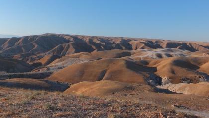 Herrliche Hügellandschaft der Judäischen Wüste