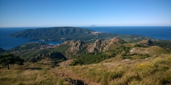 Cima del Monte mit Blick nach Capoliveri u Monte Calamita