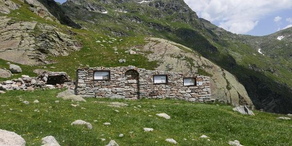 Ruine der Meraner Hütte
