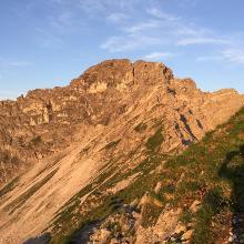 Blick zum Klettersteig