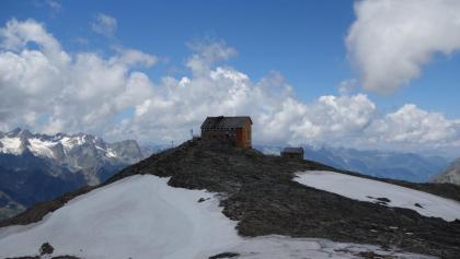 Geschafft: die Hochstubaihütte auf 3.174m
