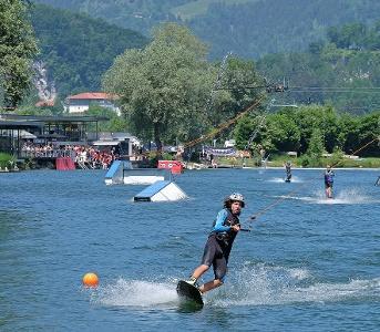 Kiefersfelden Wasserskilift Hödenauer See