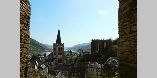Blick auf Bacharach mit Wernerkapelle