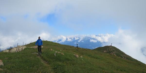Vom Nösslachjoch geht es dann dem Kammverlauf weiter bis zum Leitnerberg. Hier ein Blick zurück zum Nösslachjoch.