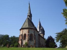 Martinskiche auf dem Christenberg (Foto: Armin Feulner, Quelle: Marburg Stadt und Land Tourismus)