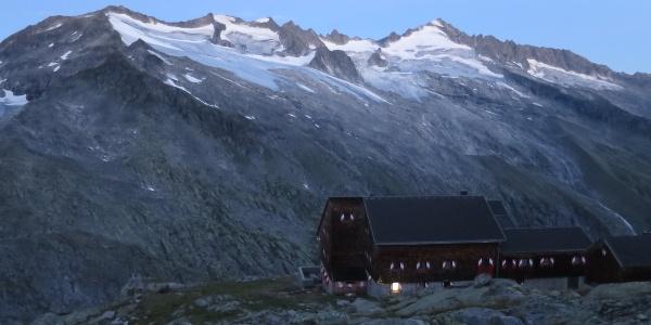 Aufbruch um 05:00 Uhr von der Kürsinger Hütte.