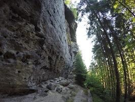 Foto Auf dem Reitsteig zur Hickelhöhle