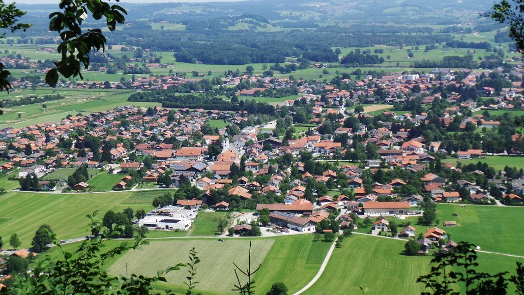 Ausblick von der Zeppelinhöhe auf Grassau