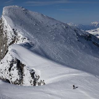 Die Südostflanke des Großelendkopfes wird direkt erstiegen.