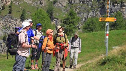 Abzweig zum Hora vor dem steilen Abstieg nach Vals