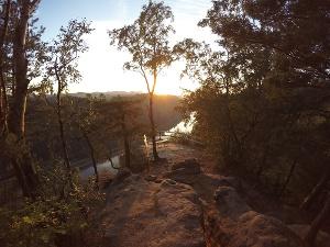 Foto Die Kleine Bastei bei Schmilka kurz vor dem Sonnenuntergang