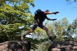 Foto Wer möchte, kann den Sprung wagen (Pfad auf dem Langen Horn)