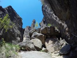 Foto In der Felsengasse bei den Herkulessäulen