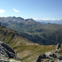 Abstieg zur Lizumer Hütte Aufgenommen auf der Hippoldspitze (2642 m)