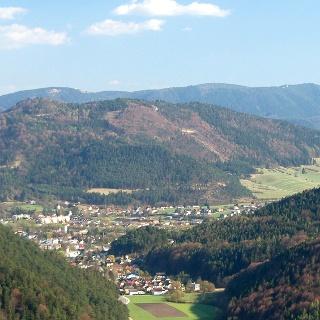 Blick auf Pernitz und den Großen Kitzberg