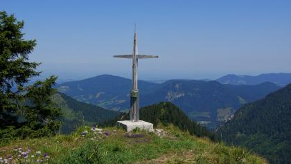 Am Gipfelkreuz des Wasserspitz