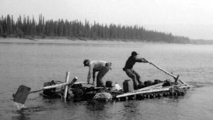 Floßfahrer auf Koyukuk River in Alaska