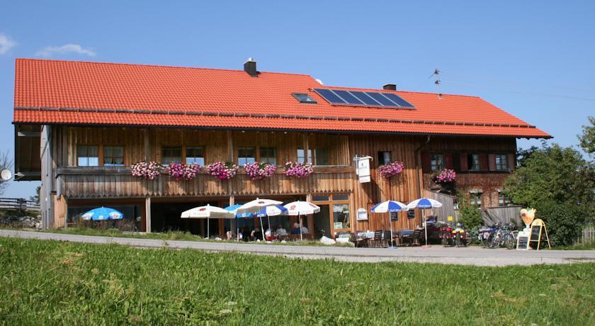 "Almcafé ""Zur Schnakenhöhe""  - @ Autor: Anja Jaruschek  - © Quelle: Kur- u. Tourismusbüro Oy-Mittelberg"