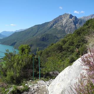 Blick auf den Lago die Mezzola im Aufstieg  nach Codera