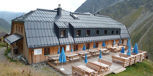 Westfalenhaus mit neuer Terrasse