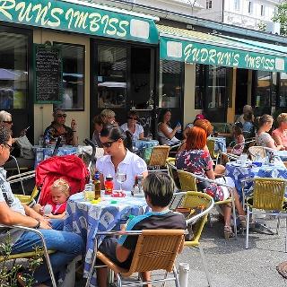 Essen & Triken am Benediktinermarkt, Foto: Helge Bauer