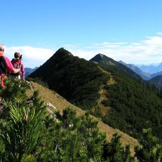 Traumhafte Gratwanderung über den Blaubergkamm zu unserem Ziel der Halserspitze!