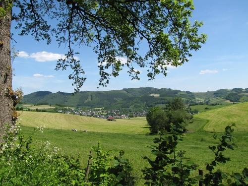 Zugangsweg Sauerland-Höhenflug: Von Eslohe zum Sauerland-Höhenflug am Windknochen